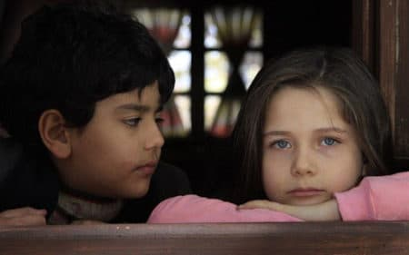 بازیگران کودک بازگشت به بهشت